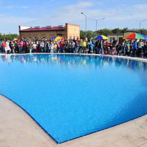 Теперь и бассейн